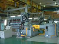 主機関・減速機の写真