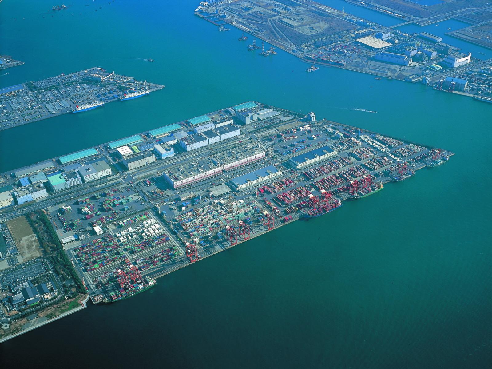 青海ふ頭の航空写真